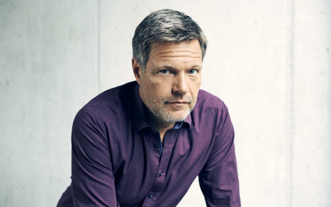 Frostiges Sommer-Interview: Robert Habeck im ZDF souverän bis genervt